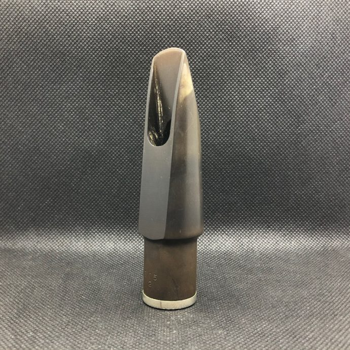 Berg Larsen tenorszaxofon fúvóka 105/2 M ebonit használt